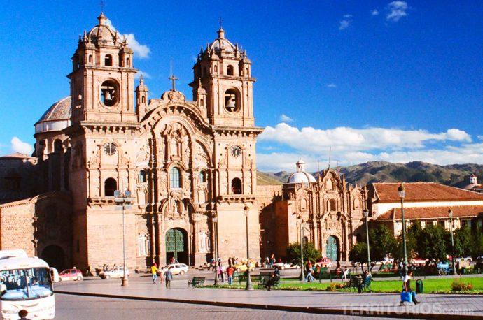 Plaza Mayor de Cusco na área do Patrimônio Mundial da UNESCO