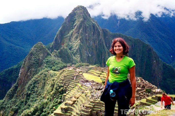 Wayna Picchu ao fundo