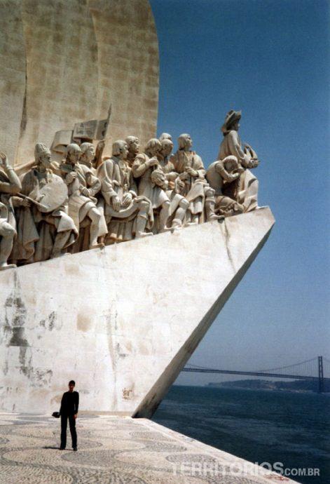 Monumento ao descobridor, na beira doTejo