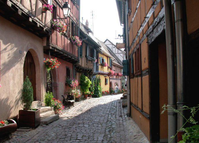 Quadras em curvas de Eguisheim