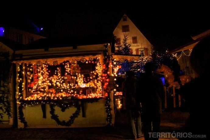 Feira de Noel é linda para visitar em dezembro