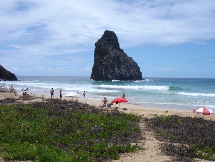Praia Cacimba do Padre, em Fernando de Noronha