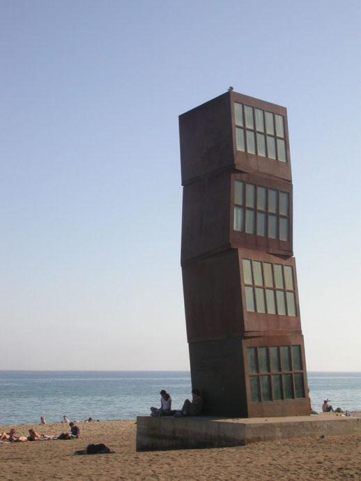O que fazer em Barcelona? Pegar uma praia em Barceloneta