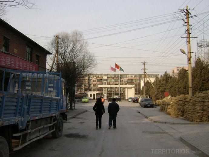 Saída de uma das fábricas