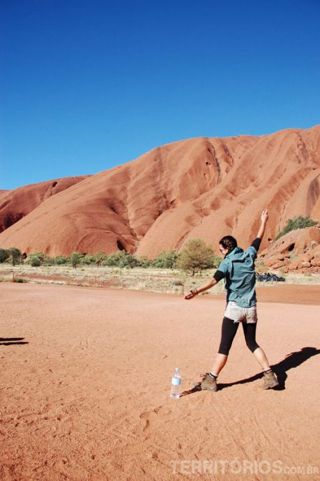 Rachelle em Uluru