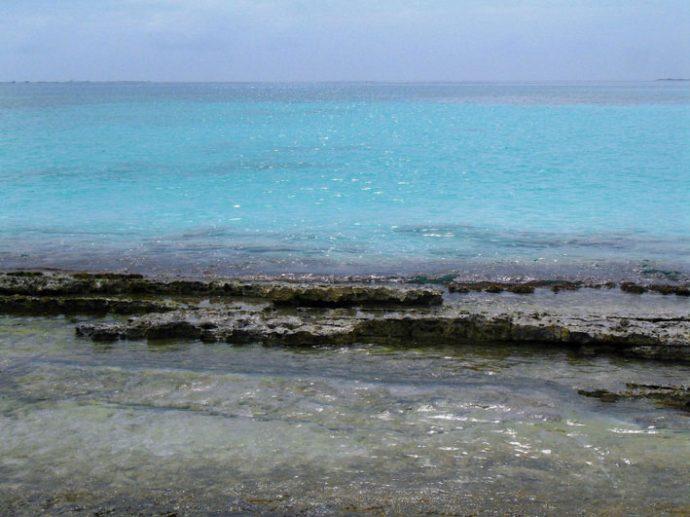 Barreiras de corais transformam o mar em grandes piscinas