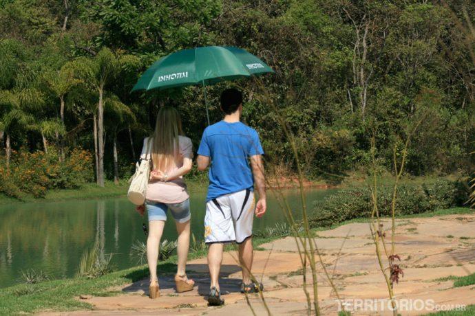 Guarda chuva para proteger do sol