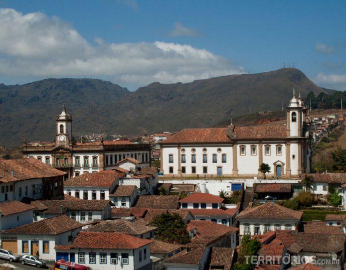 Vista da cidade de Ouro Preto na rua Pe. Rolim