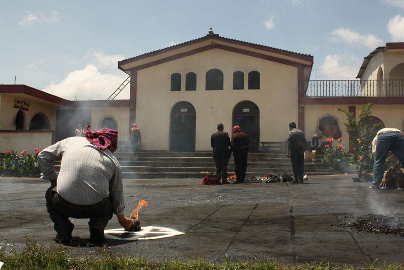 Igreja de Itzapa, San Andrés Itzapa - Guatemala