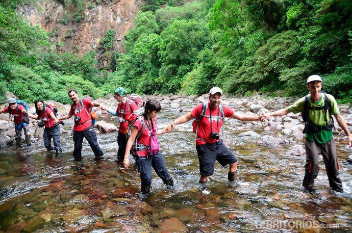 Aventureiros na Trilha do Rio do Boi, o destaque da Rota dos Canyons