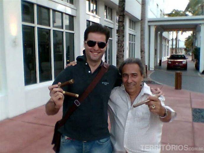 Com meu amigo Jesus em South Beach, Miami Latina