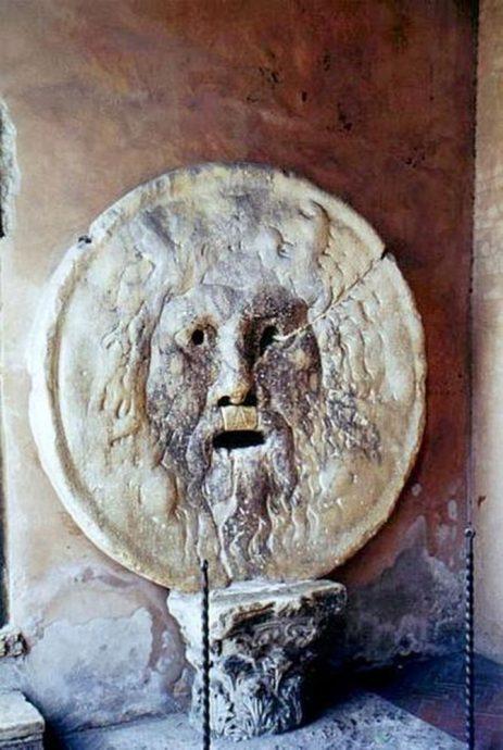 Boca da Verdade (fonte: Wikipedia)