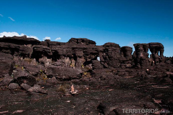 Instigantes formações rochosas