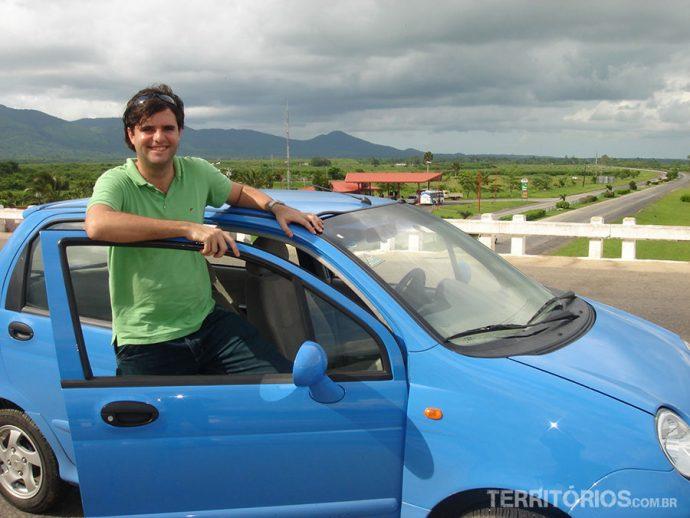 Dirigindo um Cherry QQ até Pinar del Rio