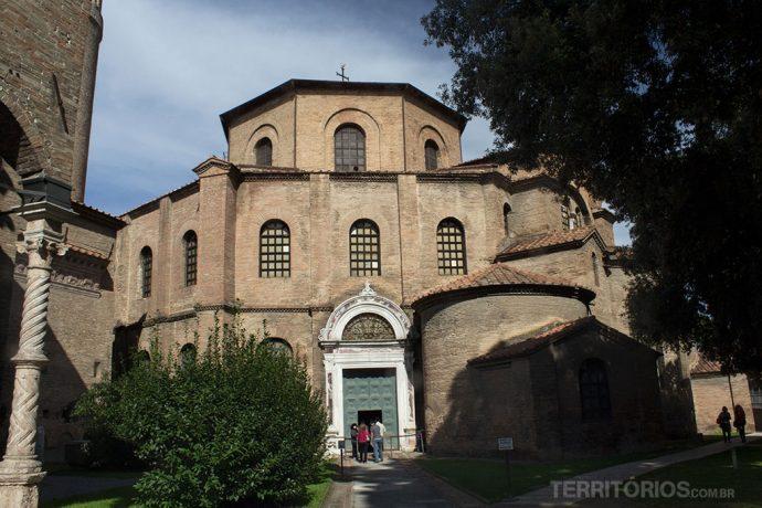 Fachada da Basilica di San Vitale