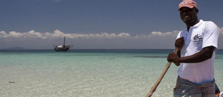 Passeio de barco no Kisite Marine Park, paraíso no quênia