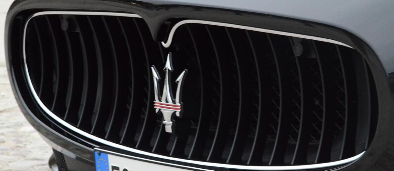 Tour de Maserati pelas Estradas Italianas