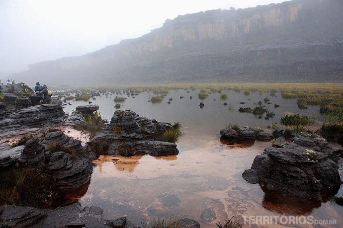 As águas no topo do Monte Roraima. mitos e verdades