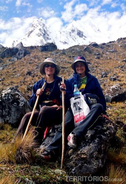 Vanessa e Roberta na trilha Inca Salkantay