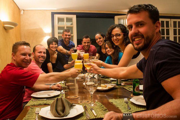 O brinde dos blogueiros no Empório Santo Antônio