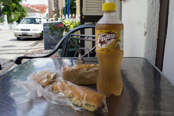 Compras na padaria para comer e beber em Barbados