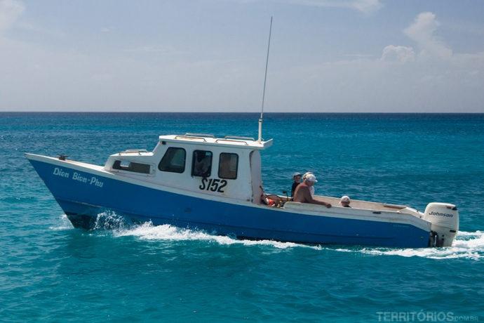 Barcos menores podem ser contratados por dia