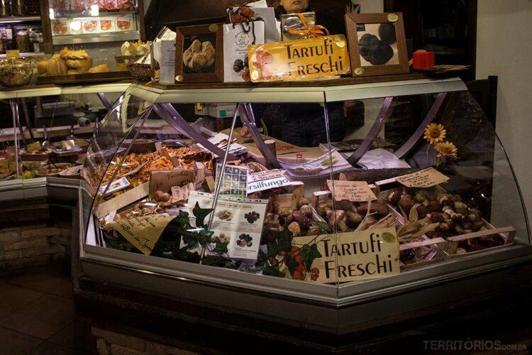 Trufas e cogumelos tem lugar de destaque nas lojas entre outubro de dezembro