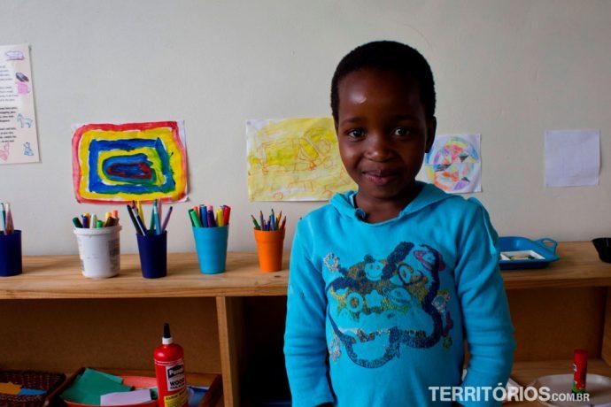 Escola modelo para crianças de até 6 anos