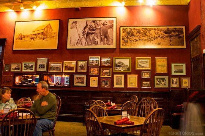 Paredes do The Palace, um dos lugares para comer no Arizona