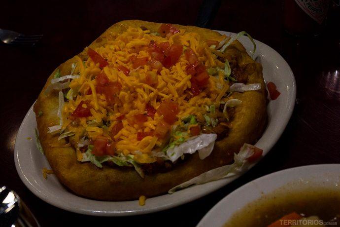 Navajo Taco no restaurante do Cameron Trading Post, um dos lugares para comer no Arizona