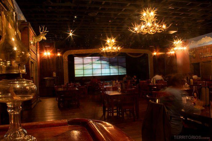 O salão do Big e Steakhouse para comer no Arizona