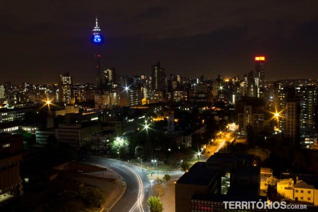 A vista do terraço a noite