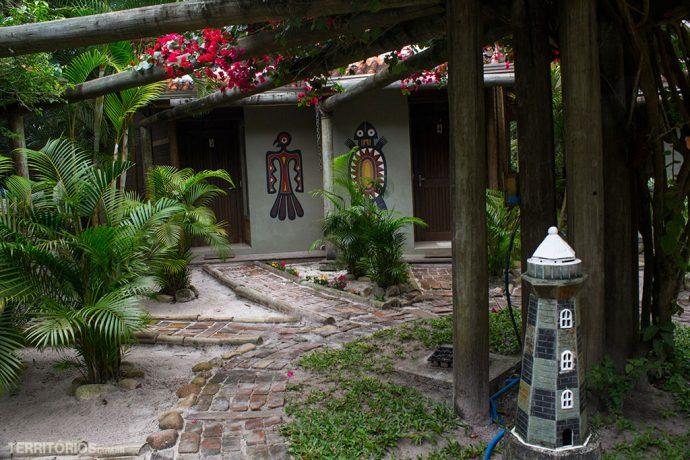 Caminho para as cabanas na Pousada Vila Verde