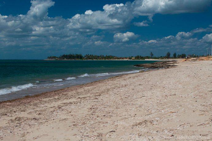 Praia Sardim, no litoral do Piauí