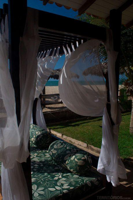 Descanso confortável na beira da Praia de Coqueiros