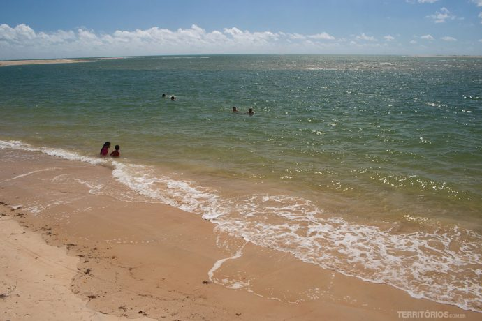 Praia do Macapá, no litoral do Piauí