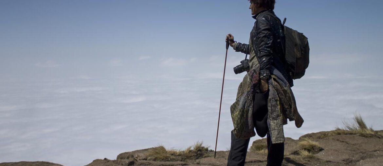 Roberta no topo da montanha mais alta da África do Sul