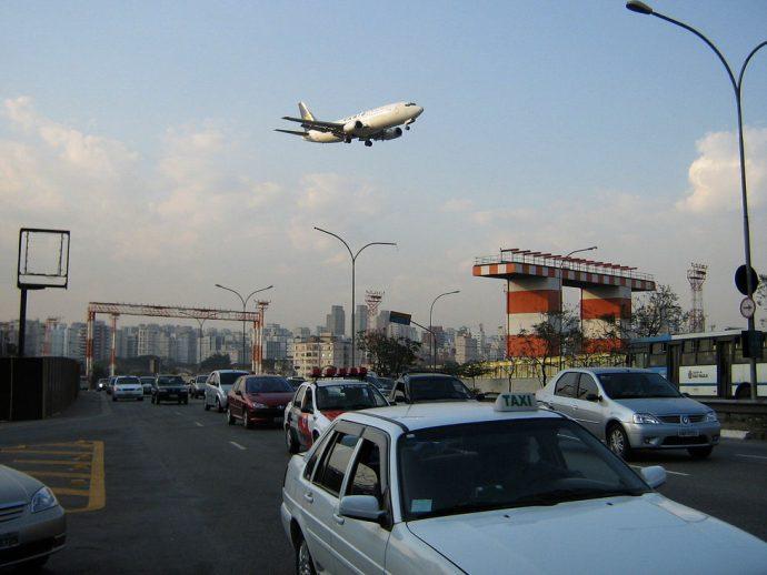 Trânsito em frente ao aeroporto de Congonhas
