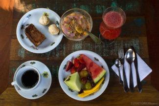 Café da manhã na Favo de Mel