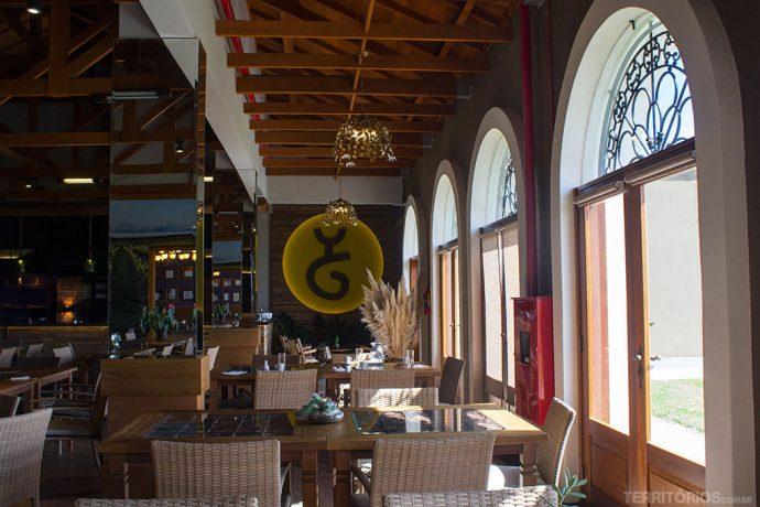 Restaurante no interior da Guatambu
