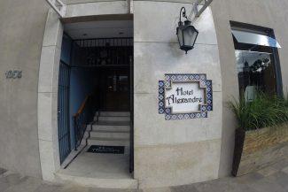 Fachada do Hotel Alexandre