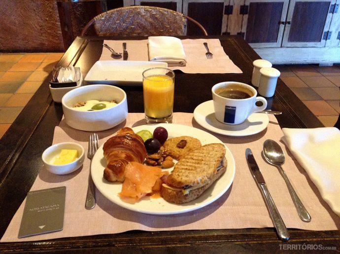 Café da manhã no restaurante