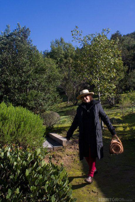 Roberta adorou o cobertor e chapéu de passear pelo Vale do Colchagua