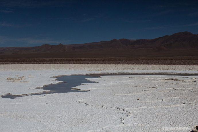 Salar e a lagoa mais estreita