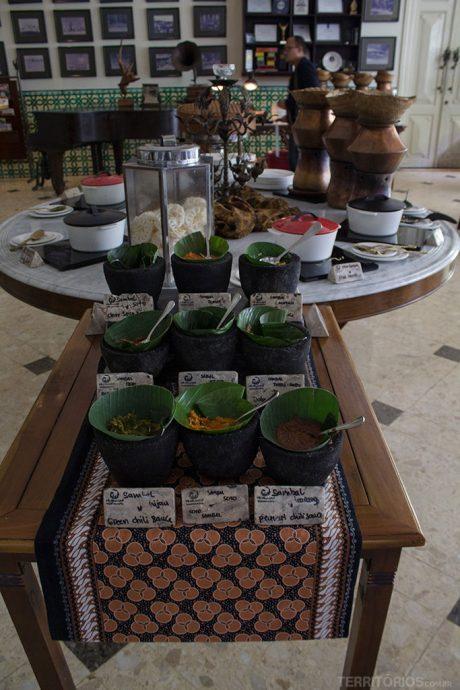 Café da manhã no Phoenix Hotel