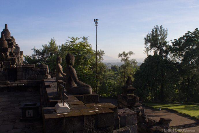 Borobudur tem 504 imagens de Budas