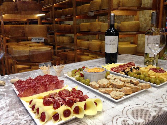 Degustação cortesia na Le Carrousel acontece aos sábados (Foto Alexandra Aranovich)