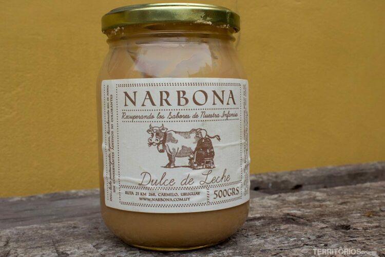 Comer doce de leite Narbona é o melhor