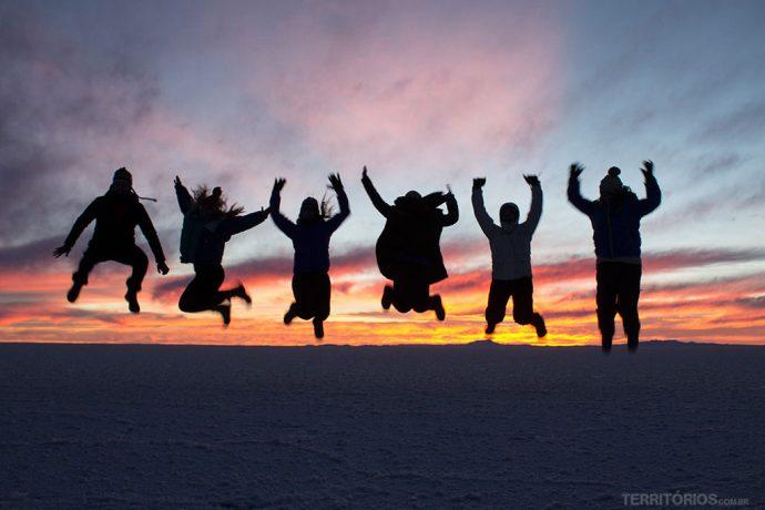 Ver o nascer do sol no Salar de Uyuni é o momento mais congelante do passeio