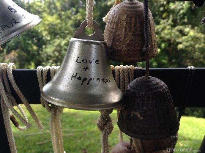 Amor + felicidade